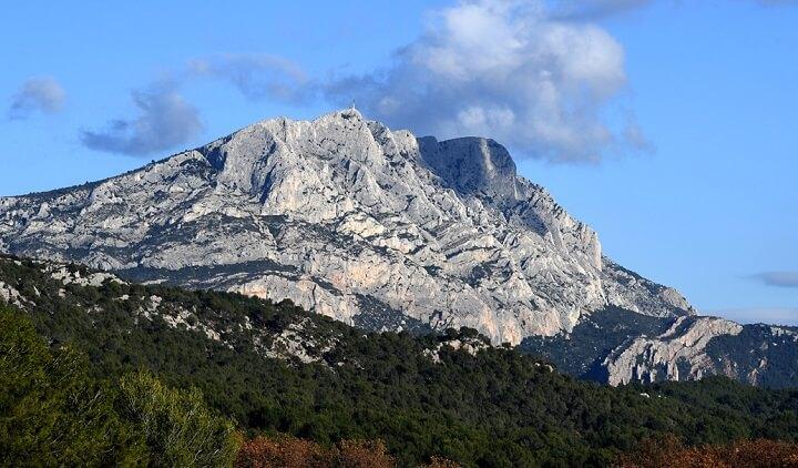 Mont Sainte Victoire 1902 04 By Paul Cezanne